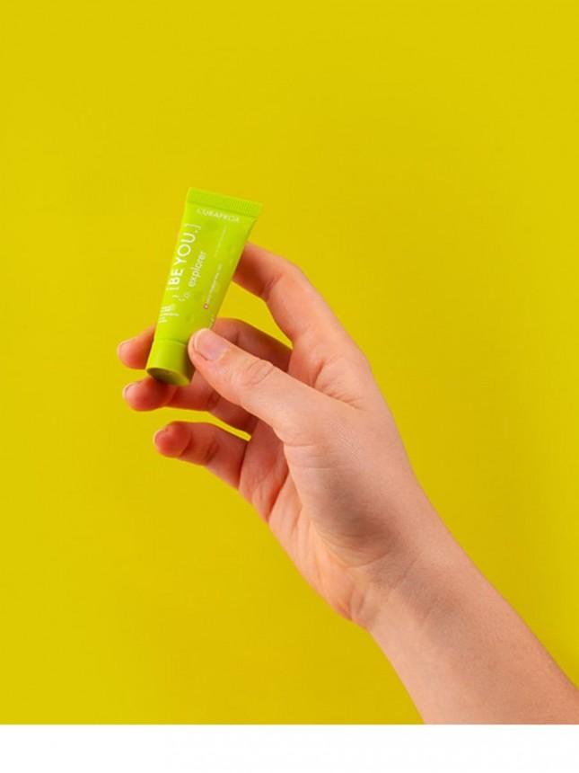 Curaprox Conjunto de 6 Pastas de Dentes de 10 ml e 1 escova de Dentes Ultra Soft 5460